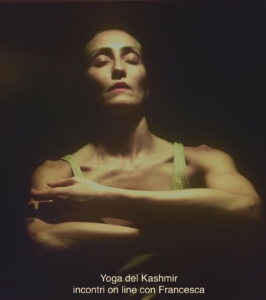 YOGA DEL KASHMIR